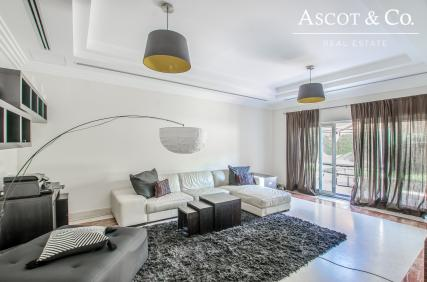 Exclusive | 6 Bed E1 Villa | Well Priced