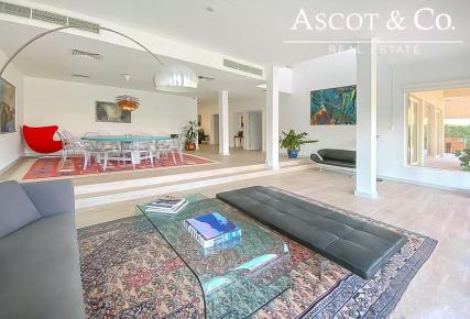 Beautiful 5 Bed Family Home. Golf Views!