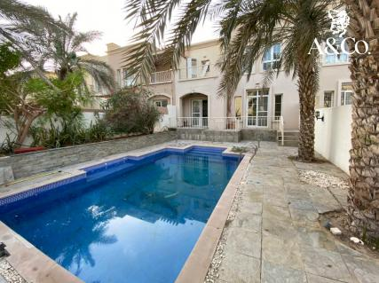 VACANT| TYPE 3M |Private Swimming Pool |