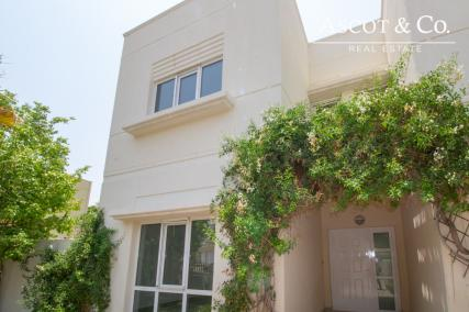 Amazing Villa in Meadows � Ready and  Vacant