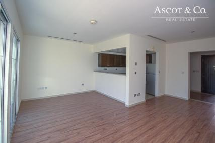 Stunning 1 Bed Townhouse | Available Now