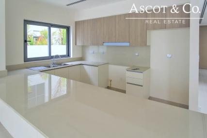 Brand New | E1 | Close To Pool And Park!