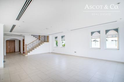 New to the Market| 4 bed Regional Large