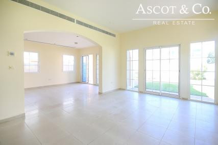 Vacant Villa in District 8-Call Us Today