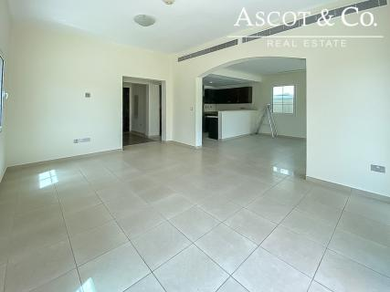 Vacant Villa in District 9-Call Us Today