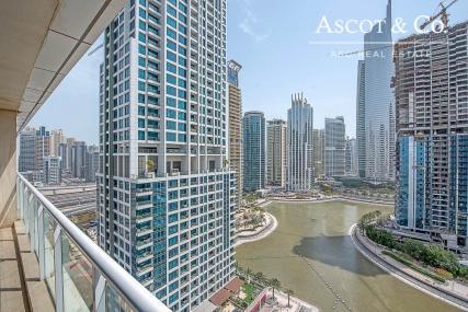 Large 3BHK | Huge Balcony | Laguna Tower
