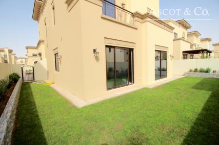 Immaculate |5 Bed + Maids|Popular Layout