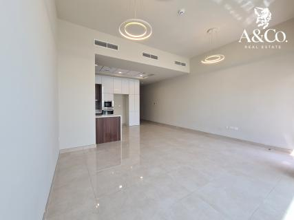 Brand New |Modern| 4BR+Maids| Vacant Now