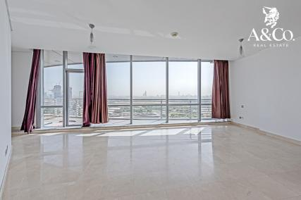 | 6 Chqs | Great View | Ready to Move In